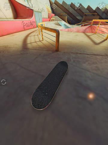 True Skate Screenshots